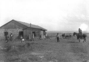 תמונה 8 - החאן 1906
